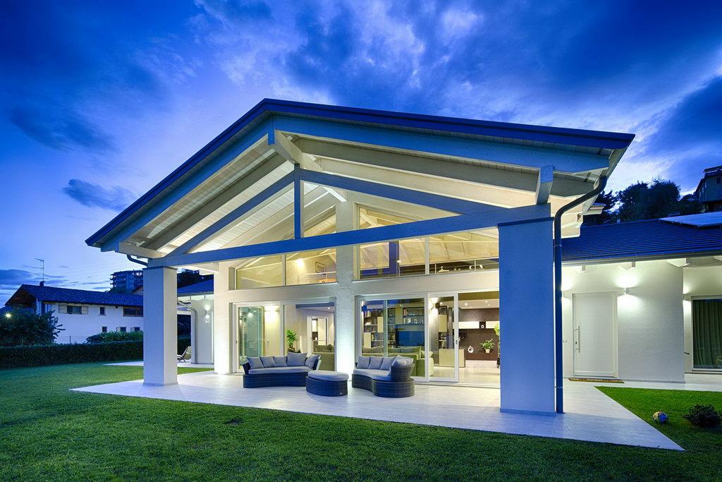 Einfamilienhaus nebbiuno for Traumhaus modern