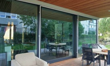 Modernes Fachwerkhaus, Holzglashaus KAGER, Glasskeletthaus, Individuelles Fachwerk-Fertighaus