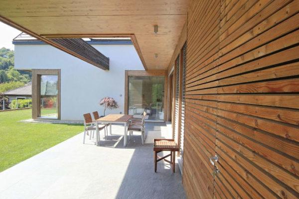 modernes Holzhaus